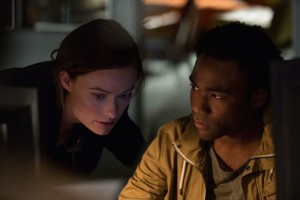 "M244  (Left to right.) Olivia Wilde and Donald Glover star in Relativity Media's ""The Lazarus Effect"". © 2013 BACK TO LIFE PRODUCTIONS, LLC  Photo Credit:  Justin Lubin"